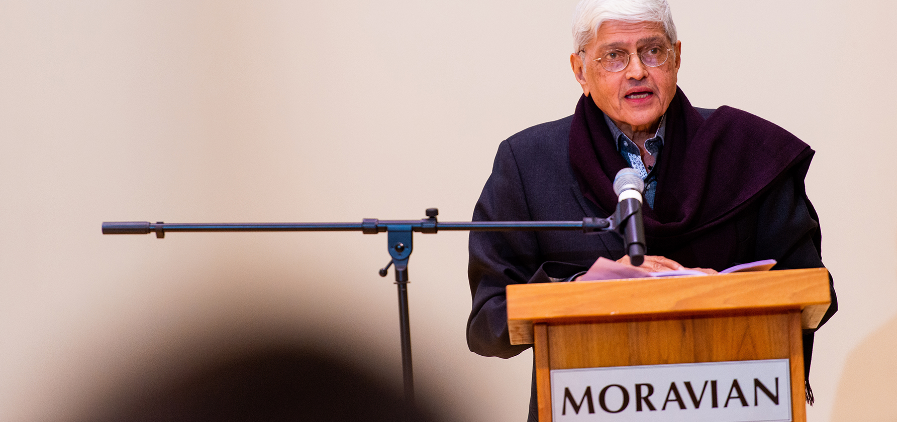 Gopalkrishna Gandhi gives a lecture at Moravian College